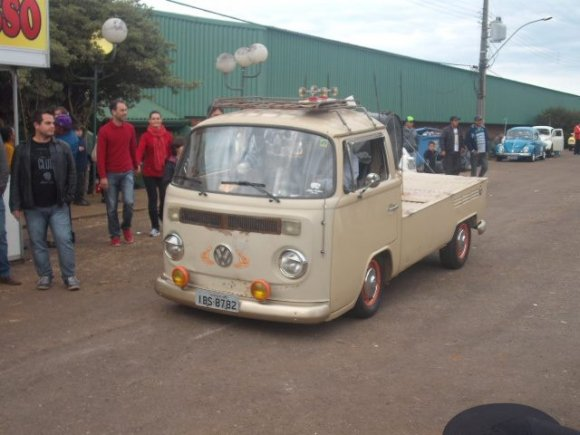 Karangorama garagem 1988 volkswagen kombi pick up for Garage volkswagen 92
